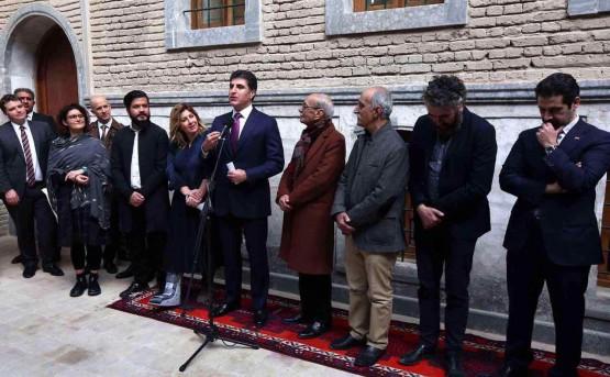 H.E. Prime Minister Mr. Nechirvan Barzani welcomes the artists Latif Al Ani, Salam Atta Sabri and Rabab Ghazoul to the Kurdistan Region of Iraq.