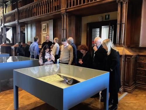 Visit from The British Museum. (c) Ruya Foundation / Lemma Shehadi